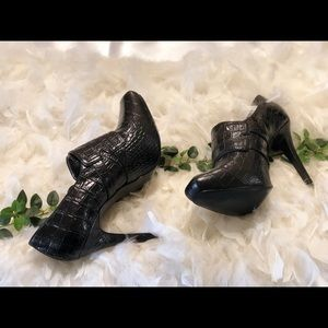 Guess by Marciano EUC heels